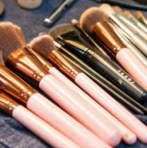 How do you clean makeup brushes without makeup cleaner?